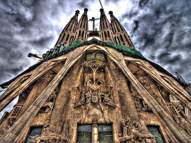Sagrada-Familia-Stay.jpeg
